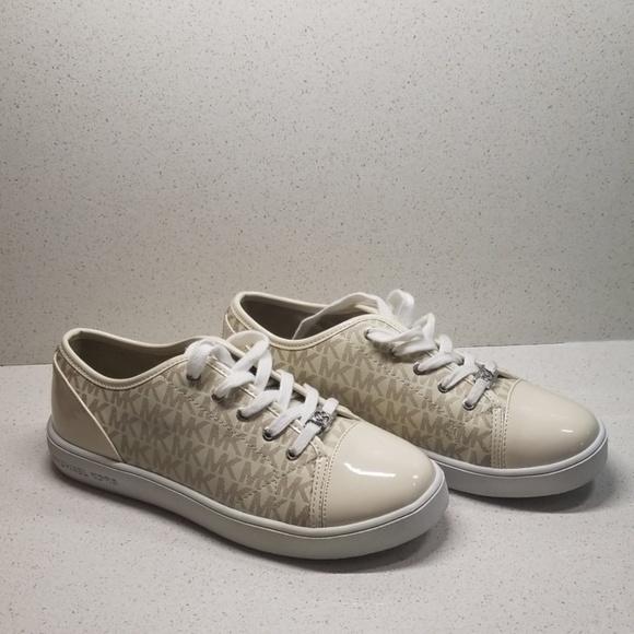 74941e181426 Michael Kors Shoes | Ivy Dee Vanilla Size 5 | Poshmark